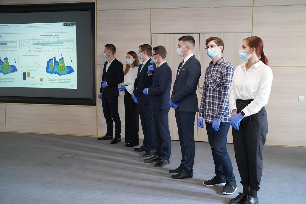 Политехническая школа ТюмГУ выпускает практикующих нефтяников и газовиков